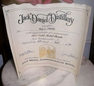gentoudwereldtentoonstelling1913jackdaniels2Tn Whiskey 1913 Ghent Belgium Gold Medal Empty Bottle & Box