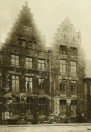 Gent grote sikkel voor restauratie
