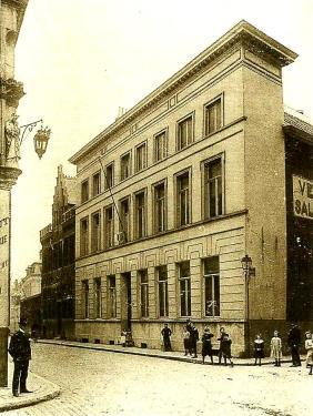 GentDeKleineSikkelbepleisterdvoorrestauratie1912