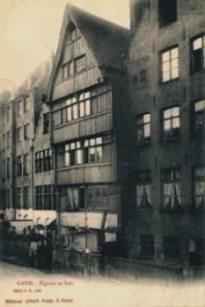 Houten achtergevel Jan Breydelstraat langsheen de Lieve