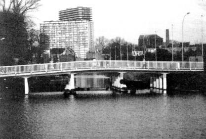 GentStMartinusbrugGT1990